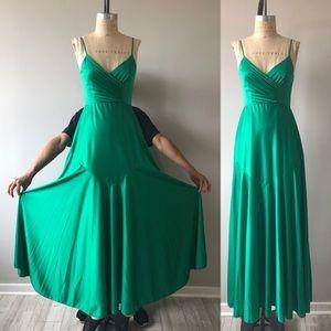 Vintage 1970's Green Sleeveless Long Dress